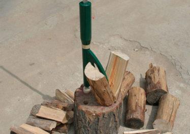 Spacca legna manuale casalingo
